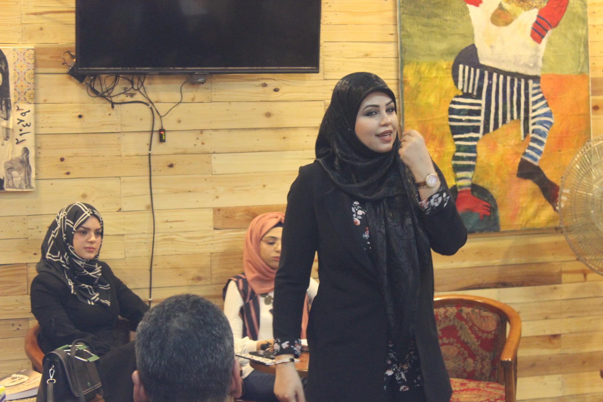 Businesswomen, between managing business and regular business projects.
